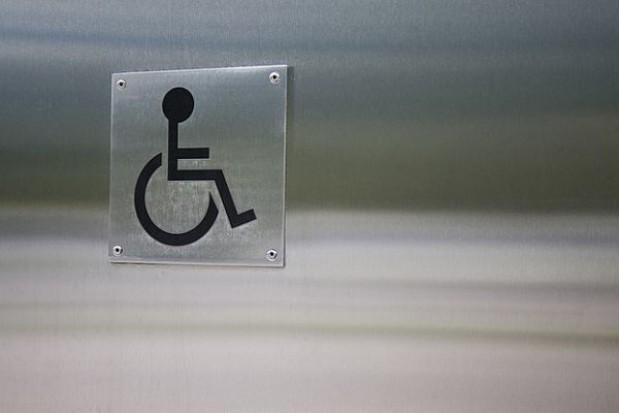 Mniej na pracę niepełnosprawnych