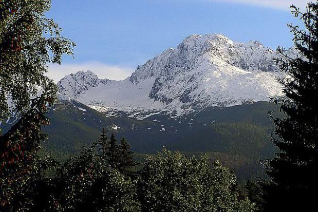 Szlaki turystyczne Tatr już pod śniegiem