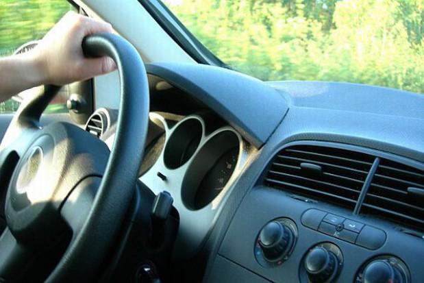 Znikają szkoły nauki jazdy