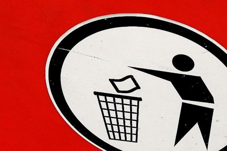 Do pracy ze śmieciami potrzebny certyfikat