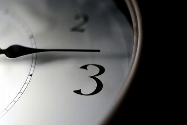 W weekend przestawimy zegarki
