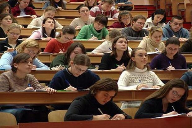 Więcej na naukę i szkolnictwo wyższe