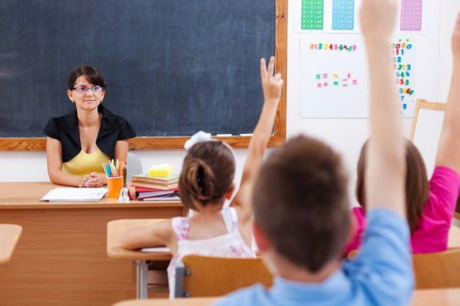 Rosną wydatki na rozpoczęcie roku szkolnego