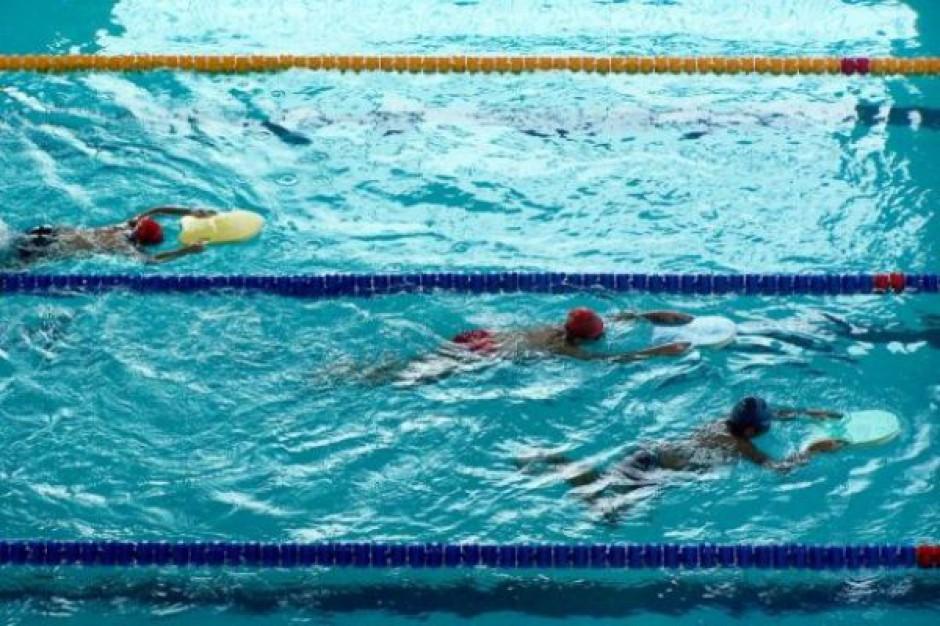 Samorządy dostaną dotacje do nauki pływania
