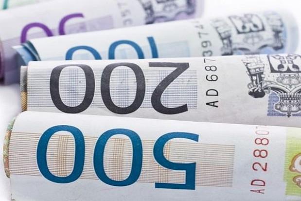 Wzrosło wynagrodzenie w III kwartale 2013 r.