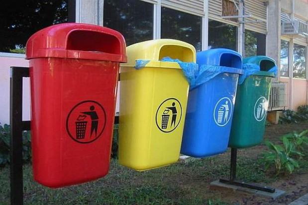 Mimo wielu błędów reforma śmieciowa jest udana
