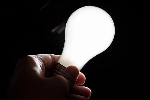 Gminy zapłacą więcej za grupowy zakup prądu