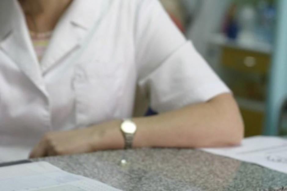W szkołach jest za mało pielęgniarek