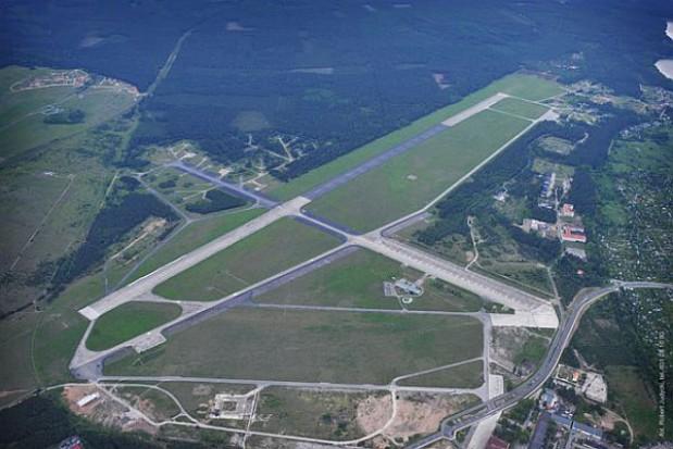 Starostwo przejęło teren po byłym lotnisku wojskowym w Pile