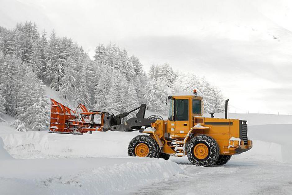 Tarnów walczy z zimą. Mieszkańcy mogą zgłaszać problemy przez telefon