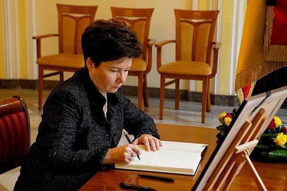 Przełom: prezydent Warszawy zarząda dodatkowych oświadczeń od urzędników