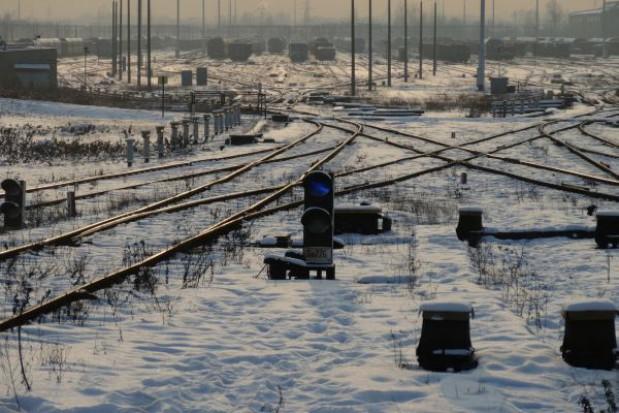 Około 4 proc. pociągów opóźnionych powyżej godziny