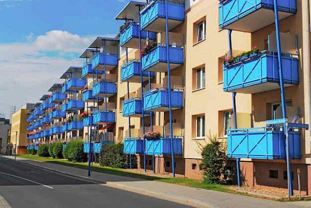 """Deweloperzy mają sposób na ceny mieszkań w programie """"MdM"""""""