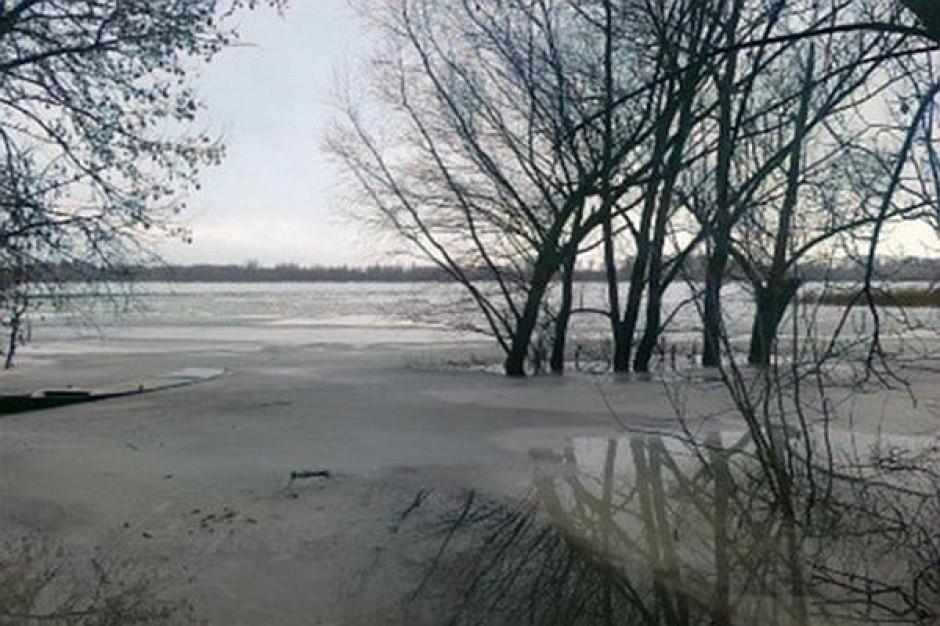 Alarm powodziowy w siedmiu gminach nad Wisłą
