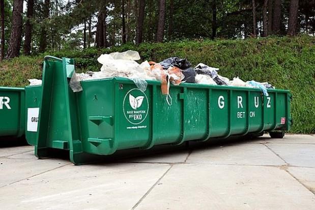 Siedem firm zgłosiło się do przetargu na odbiór odpadów w Białymstoku