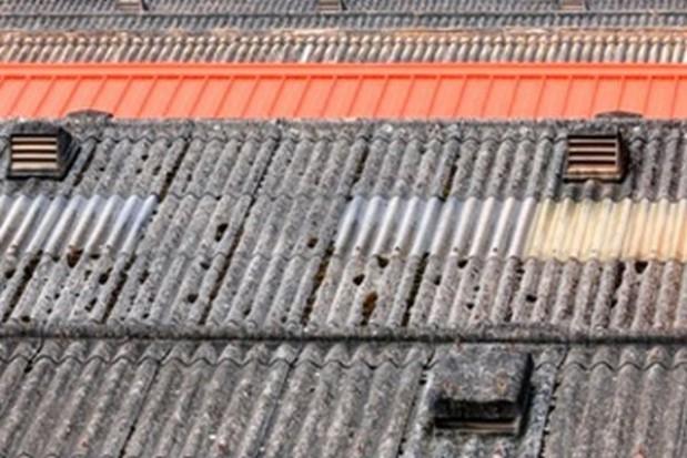 Ponad 2,3 mln zł na unieszkodliwienie 3,5 tys. ton azbestu