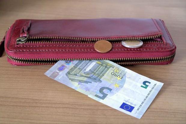 Płaca minimalna w Polsce najwyższa w Europie Środkowo-Wschodniej