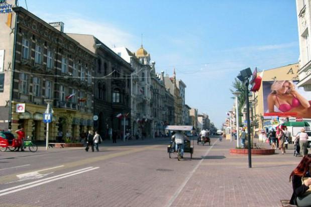 Prawie 90 kamer ma monitorować główną ulicę miasta