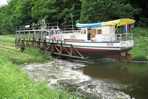 Żeglowanie na Kanale Elbląskim będzie utrudnione z powodu remontów