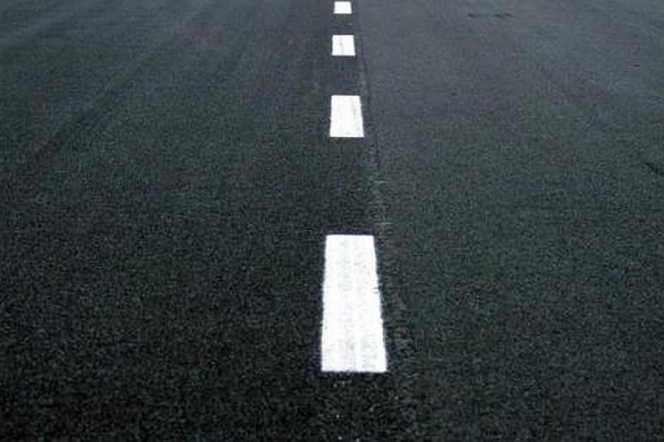 Więcej samorządów otrzyma pieniądze na drogi lokalne