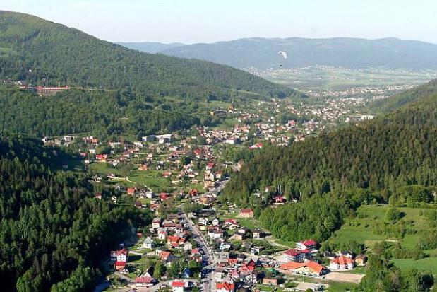 Coraz większe opłaty klimatyczne w turystycznych gminach