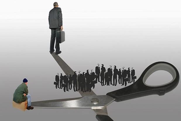 Pensje samorządowców blado wypadają na tle pensji prezesów spółek komunalnych