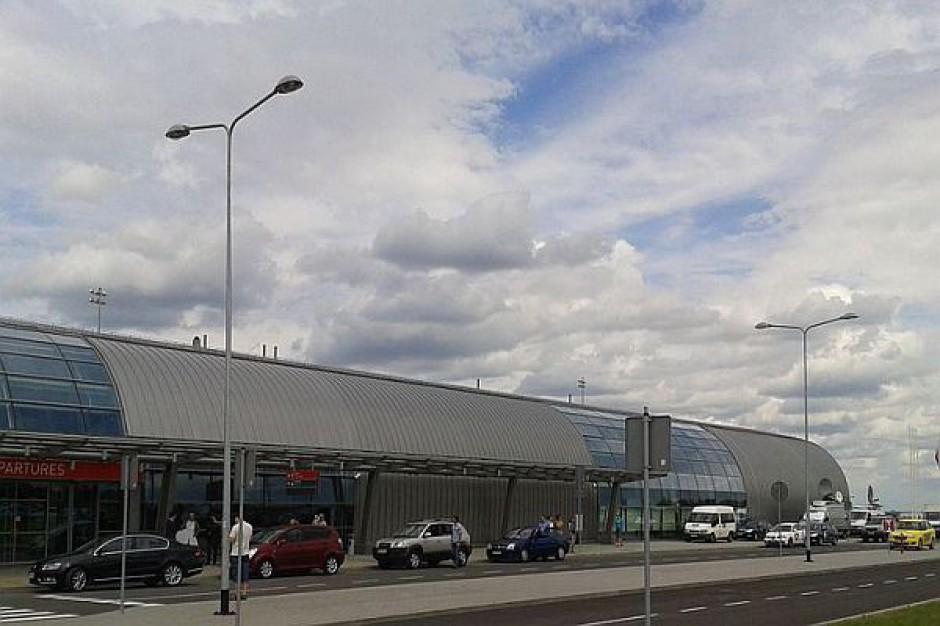 Lotnisko w Modlinie obsługuje coraz więcej pasażerów