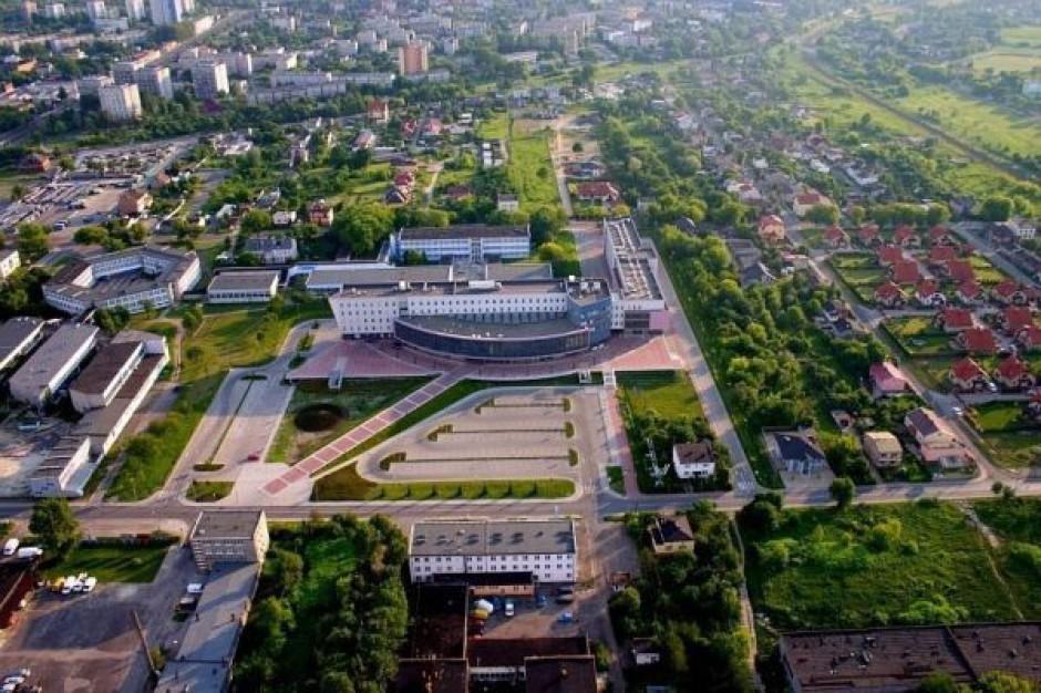 W Dąbrowie dyskutowano jak zarządzać miastem