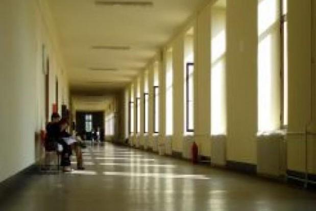 Radni chcą chronić placówki oświatowe przed roszczeniami