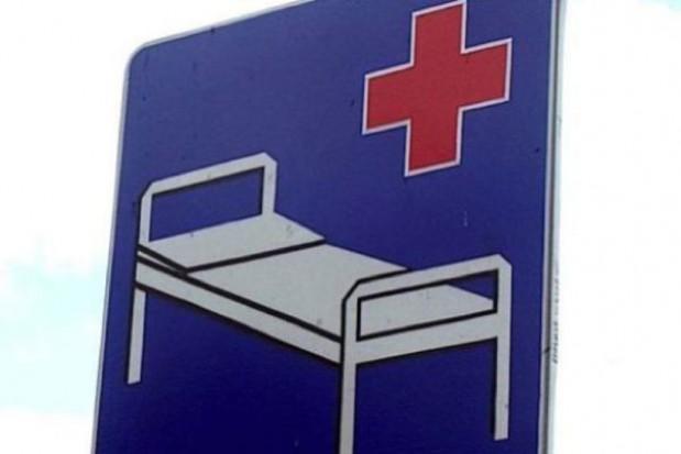 Szpitale marszałkowskie modernizują się i toną w długach