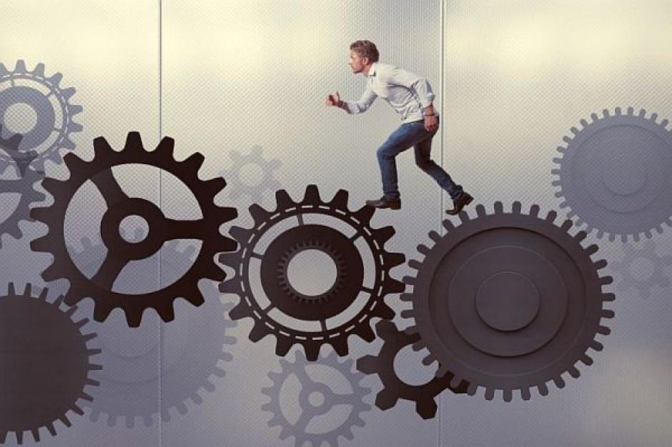 Radni przetestują sześciogodzinny tryb pracy