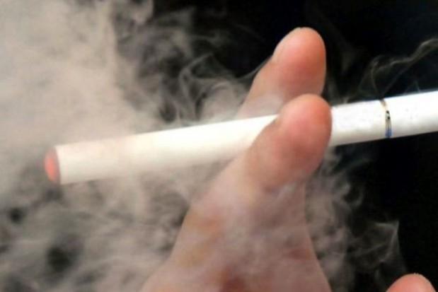Radni postanowili. Będą kary dla e-palaczy w autobusach