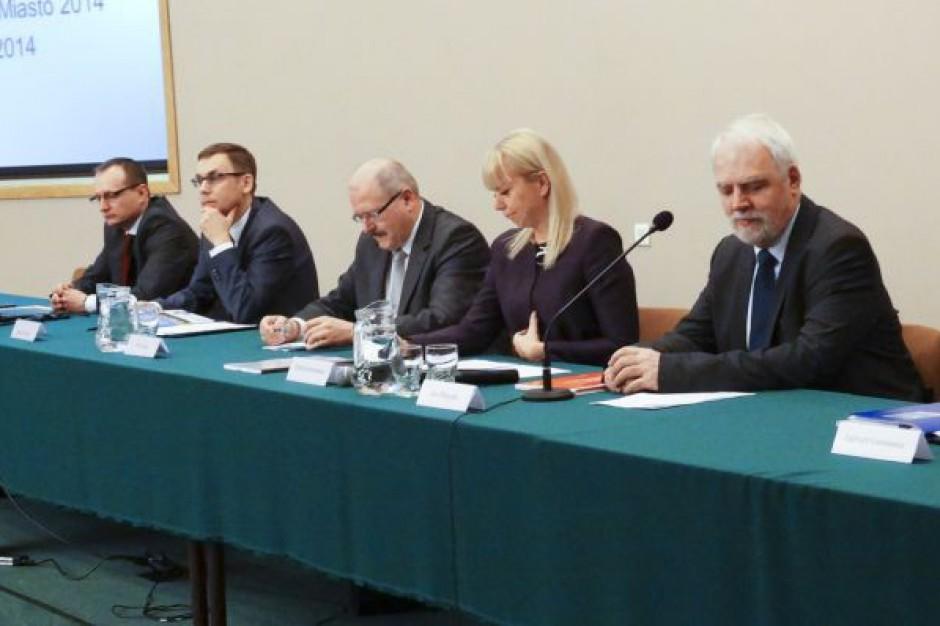 EEC 2014: wielka samorządowa debata w Katowicach już trwa