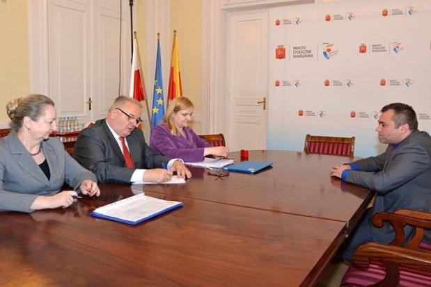 Ostatnie umowy na odbiór śmieci w Warszawie podpisane