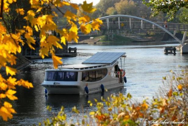 Wodnym tramwajem przez Bydgoszcz