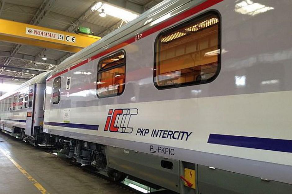 13 składów PKP Intercity zatrzyma się na godzinę