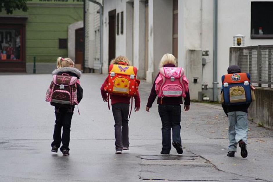 Egzaminy wcale nie oznaczają, że szkoły muszą być puste