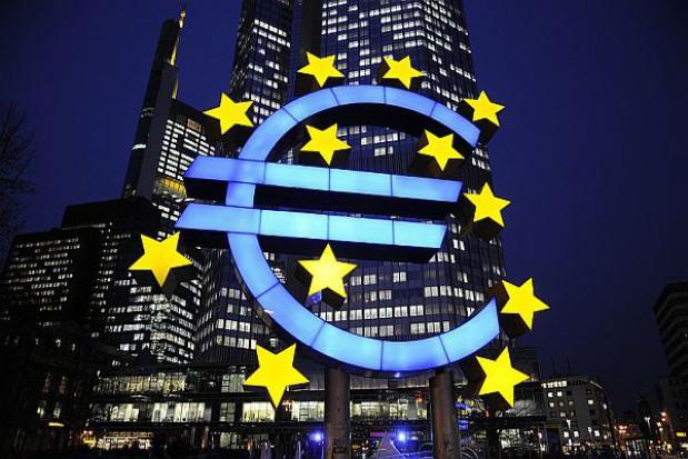 Miliony euro na pensje dla urzędników