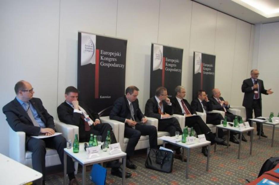 EEC: polskie miasta muszą stracić część niezależności