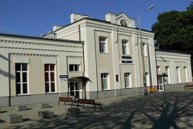 Nowy peron i tory na stacji Łódź Widzew w połowie czerwca