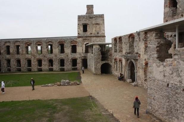 Samorządy trzech szczebli otworzą zamek