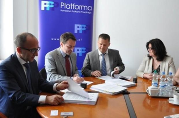 Ministerstwo wsparło pilotażowe projekty PPP