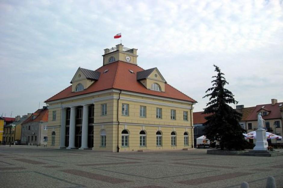 Łęczycki starosta odsunął od obowiązków szefową PCPR