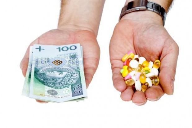 Wolne środki finansowe części szpitali do resortu finansów