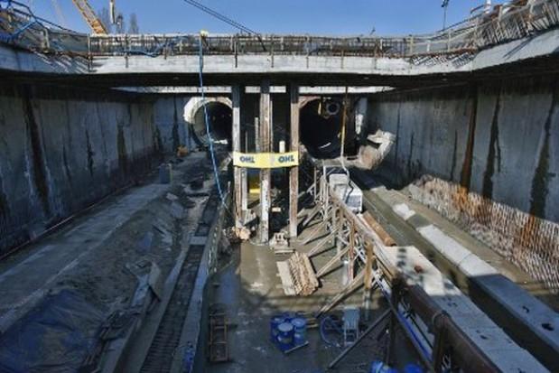 Drążenie tunelu pod Martwą Wisłą zakończone