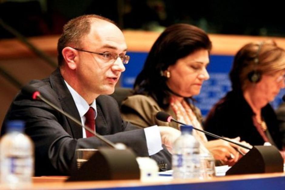 Minister Zdziebło zapowiada ułatwienia dla prosumentów