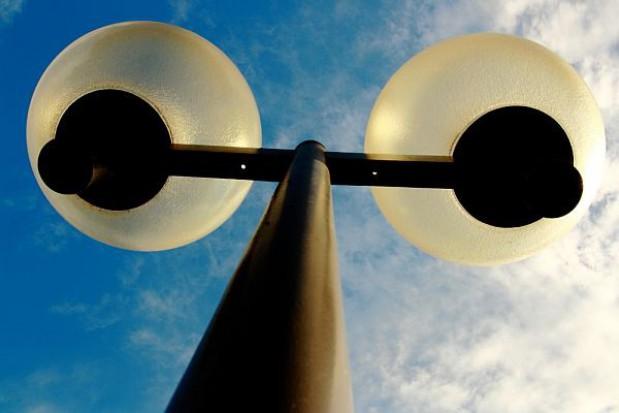 Na wymianie ulicznego oświetlenia można sporo zaoszczędzić