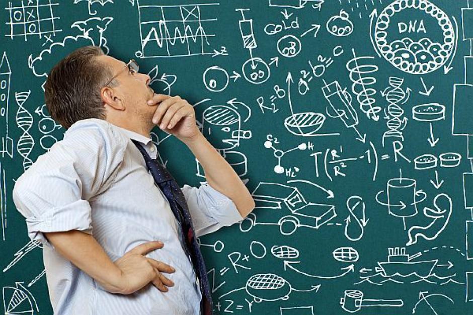 Urząd pomoże przekwalifikować się nauczycielom