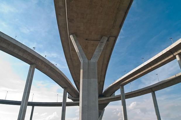 W infrastrukturze drogowej i kolejowej wciąż duże zaległości