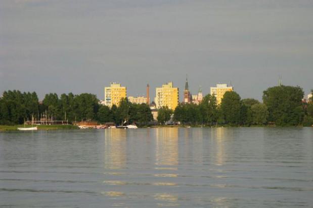 Mieszkaniec Niemiec bliżej odzyskania ziemi nad jeziorem w Olsztynie